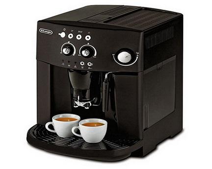 Кофемашина марки Delonghi