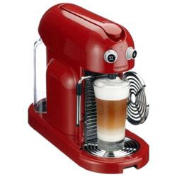 Простая кофеварка Nespresso